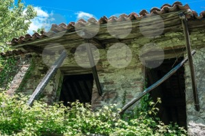 Abandoned-House-in-Liguria-Italy