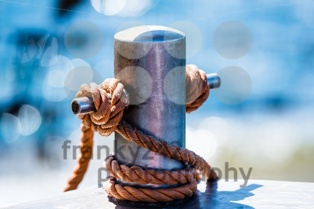 Abstract: Bollard and rope - franky242 photography