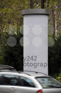 Advertising pillar with traffic - franky242 photography