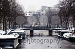 Amsterdam-Canal-with-House-Boats1