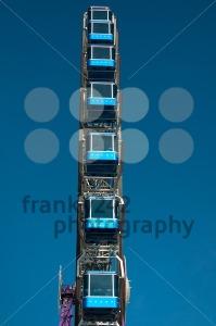 Amusement-Park-Ferris-Wheel4