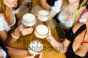 Bavarian girls drinking beer - franky242 photography
