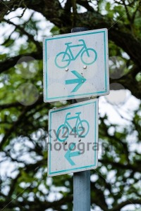 Bicycle sign in the park - franky242 photography