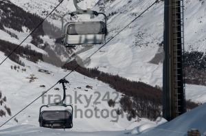 Chairlifts-with-ski-slopes