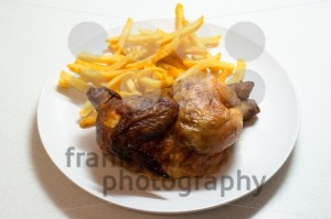Chicken-roasted-with-fries1