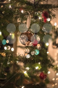Christmas-Tree-Decorations5