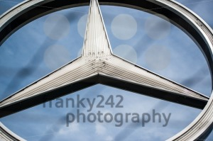 Closeup-of-Mercedes-Benz-logo
