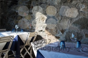Cozy-dinner-table1
