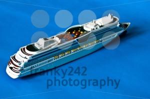 Cruise-Ship1