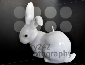 Easter-8211-White-rabbit-candle