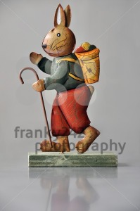 Easter-decoration-8211-marching-bunny