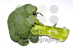 Fresh-raw-green-broccoli