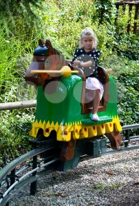 Girl-playing-knight-at-Legoland