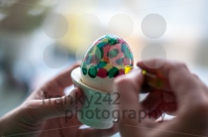 Hand painting of Easter eggs - franky242 photography