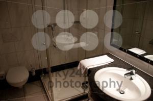 Hotel-Bathroom