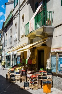 Italian greengrocer in small village - franky242 photography