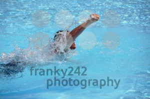 Male swimming the crawl 2 - franky242 photography