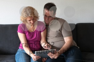 Middle-aged-couple-with-digital-tablet-pc2