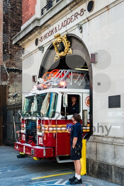 NYFD vehicle in midtown Manhattan - franky242 photography