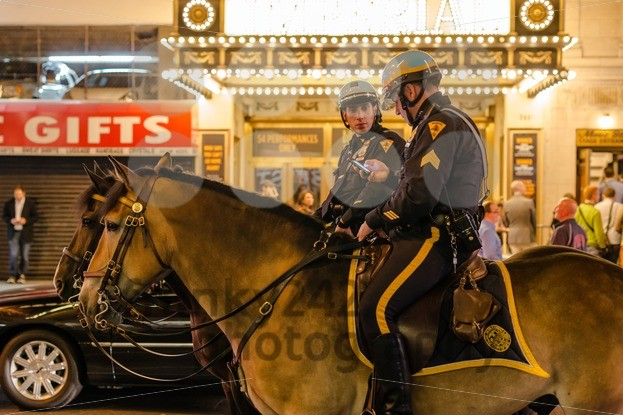New-York-police-on-horseback