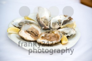 Oysters-and-lemon