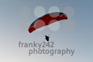 Paraglider-in-Turkey1