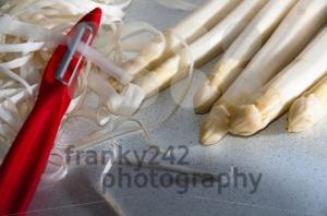 Peeling-Asparagus1
