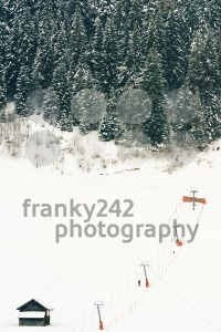 Platter ski lift at beginners piste - franky242 photography