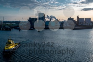 Port of Rotterdam and pilot boat in sunset - franky242 photography