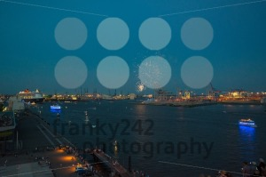 Queen Mary 2 – luxurious cruise liner – and fireworks - franky242 photography
