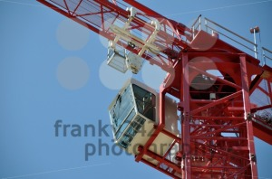 Red-tower-construction-crane