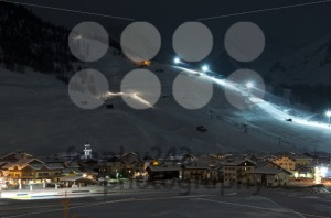 Ski village night scenario - franky242 photography