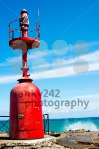 Small-red-lighthouse