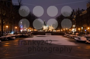 Snowy-Amsterdam-At-Night4