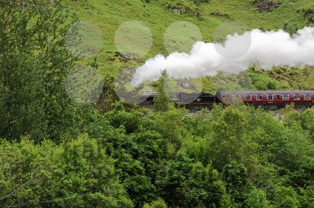 glenfinnan harry potter steam train