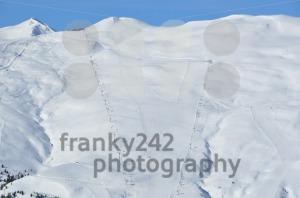 Steep-skiing-mountain