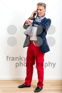 Stylish pensioner using mobile phone - franky242 photography