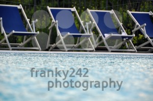 Swimming-Pool-chairs