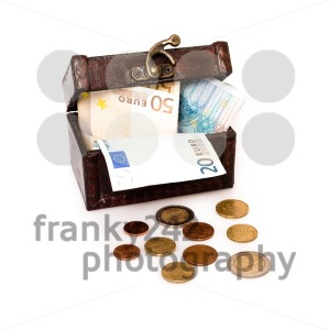 Treasure Chest Europe - franky242 photography