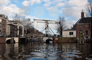 Typical-Amsterdam-Drawbridge