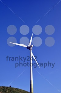 Wind turbine – the right way - franky242 photography