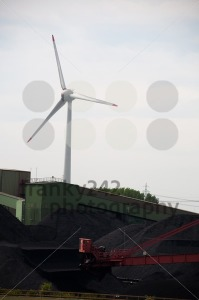 Windturbine-With-Coal-Storage