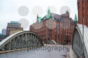 famous-old-Speicherstadt-in-Hamburg