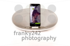 iPhone 6 with loudspeaker running Spotify - franky242 photography