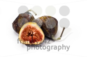 ripe-figs-isolated
