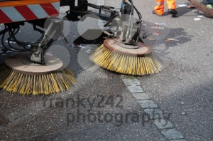 street-sweeper-machinecar1