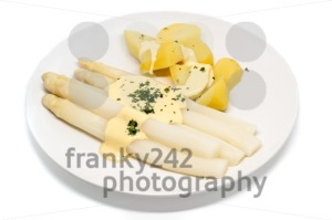 white asparagus with potatoes on a plate - franky242 photography
