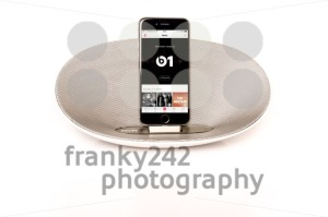 iPhone 6 with loudspeaker playing Apple Music radio - franky242 photography