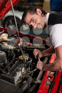 Auto mechanic portrait - franky242 photography