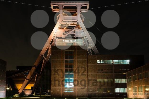 Zollverein Coal Mine Industrial Complex - franky242 photography